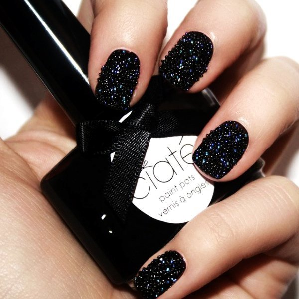 Beautiful Black Nail Designs You Should Not Miss