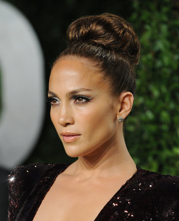 20 Glamorous Updo Hairstyles That Approved By Celebrities Flawlessend