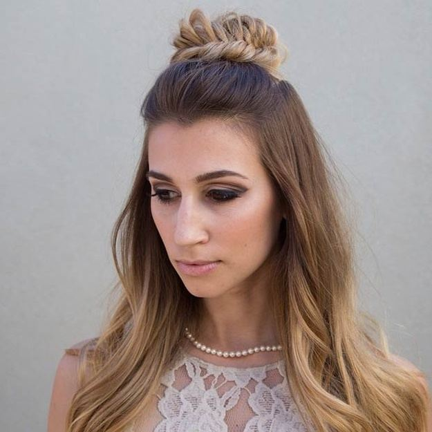 Half-up Half-down Homecoming Dance Hairstyles   Homecoming Dance Hairstyles Inspiration Perfect For The Queen