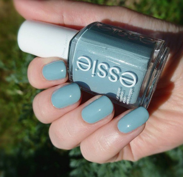Essie, Udon Know Me | Gorgeous Fall Nail Colors You Should Definitely Try