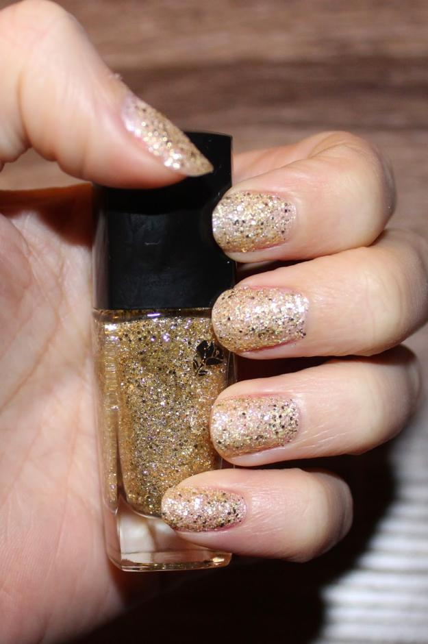 Lancome Vernis, Illuminations | 30 Gorgeous Fall Nail Colors You Should Definitely Try
