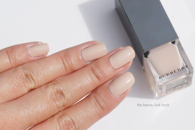 Burberry, Nude Pink No. 101 | 30 Gorgeous Fall Nail Colors You Should Definitely Try