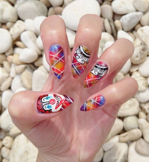 Crazy Clown | Top 10 DIY Halloween Nail Art Ideas