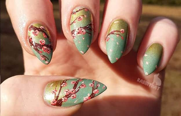 Cherry Blossoms | 17 Gorgeous Spring Nail Designs