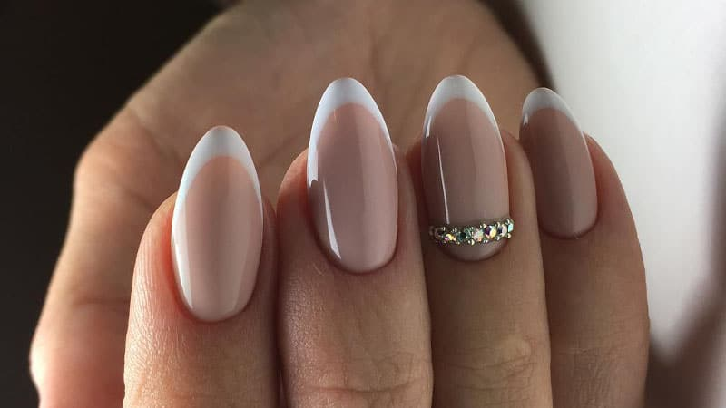 Beautiful Almond Shaped Nails