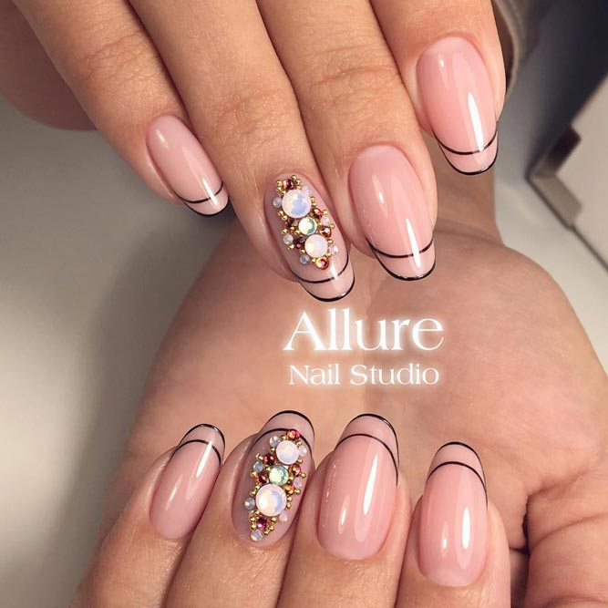 Linear French Tips picture 1