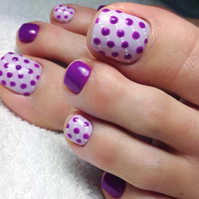 Charming Dotted Nail Designs for Toes picture 3