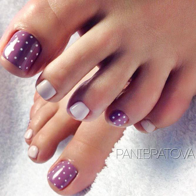 Charming Dotted Nail Designs for Toes picture 1