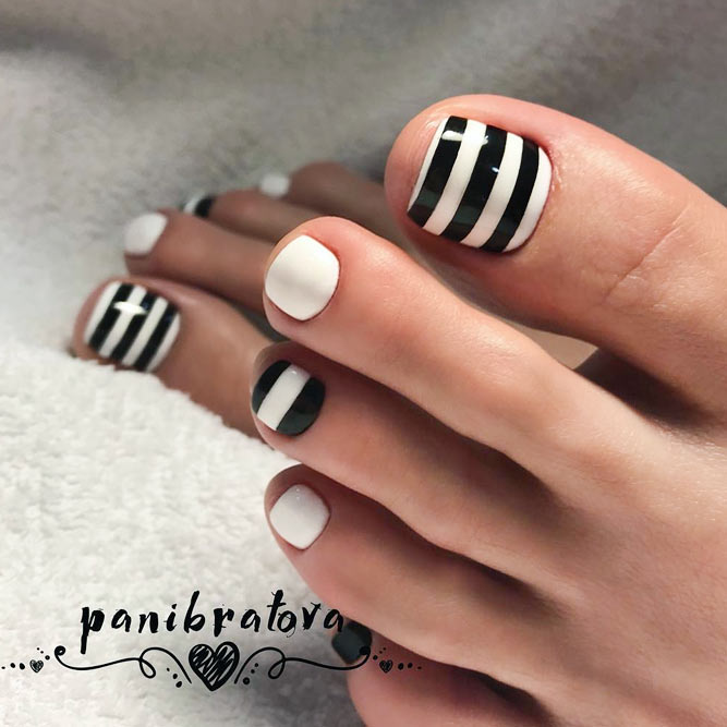 Toe Nail Design with Stripes picture 1