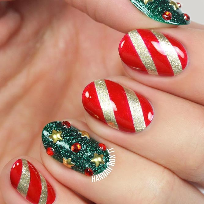 Holiday Star Nails picture 3