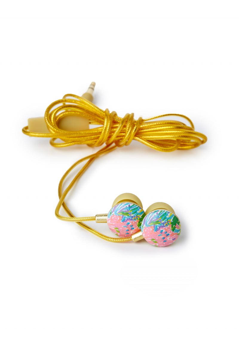 Lilly Pulitzer earbuds featured in Holiday Gift Guide: Something for Everyone on Your List by guest poster the Red Dress Boutique on Diary of a Debutante