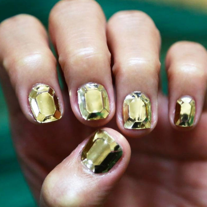 Diamond Nail Designs for a Stunning Effect picture 1
