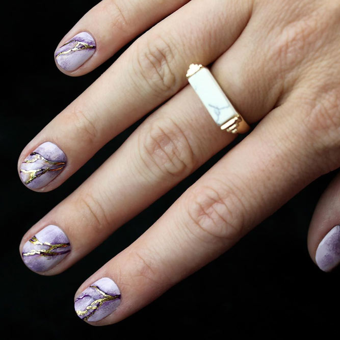 Elegant Nails with Marble Designs picture 1