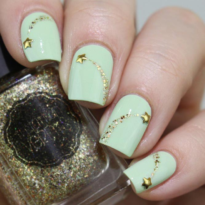 Charming Shooting Star Nails picture 1