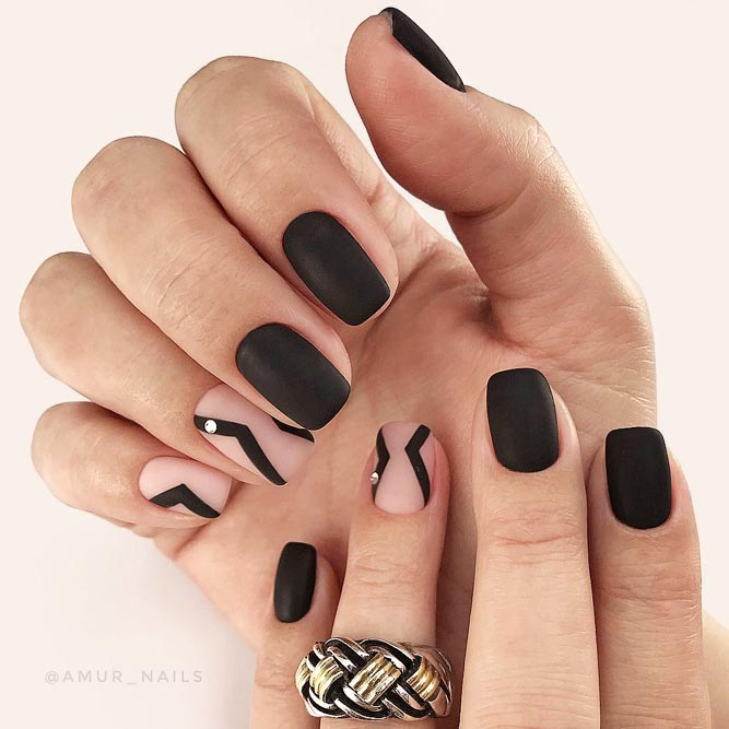 Perfect Black Classy Nails