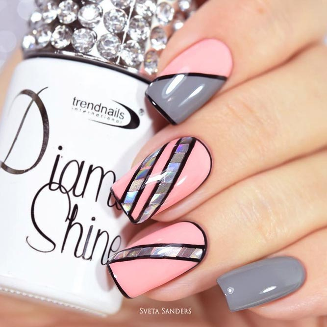 Strict Lined Nail Art
