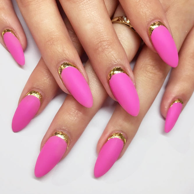 Elegant Ruffian Nails With Gold Foil picture 2
