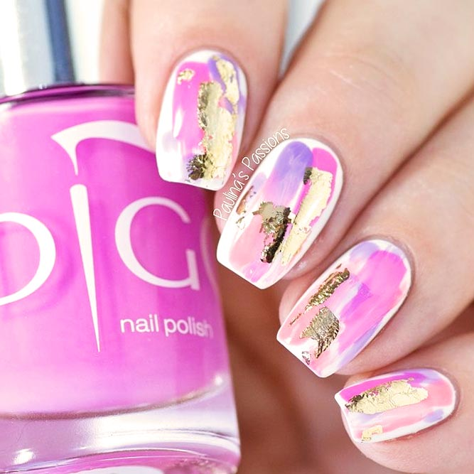 Fancy Abstract Nail Art With Gold Foil picture 1