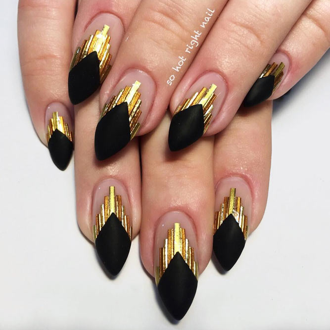 Manicure Ideas With Foil Stripes To Inspired You picture 2