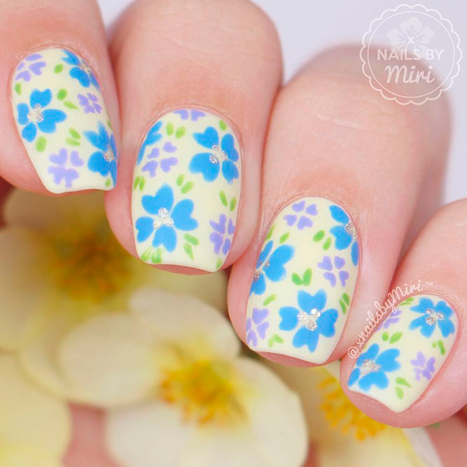 Hand Painted Nails With Beautiful Flowers picture 2