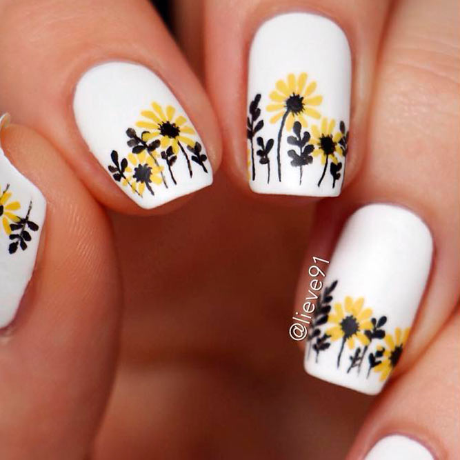 Cute Gerbera Daisies Nails