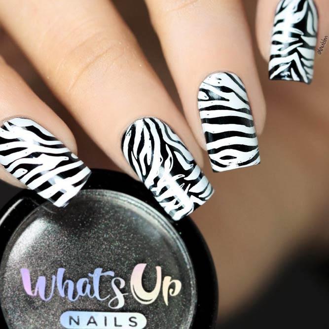 Classical Black And White Zebra Print Nails #blackandwhitenails #stripesnails #squarenails