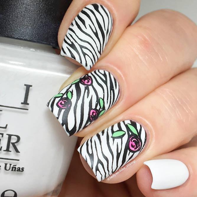 Matte Zebra Stripes In Classical Colors #blackandwhitenails #stripesnails #squarenails #mattenails
