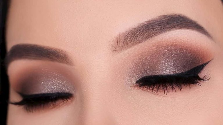 Smoked Winged Liner