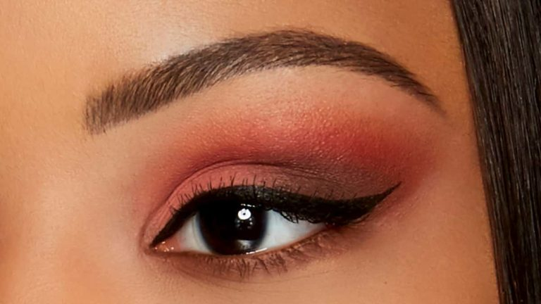 Sweet Peach Palette Eye Makeup