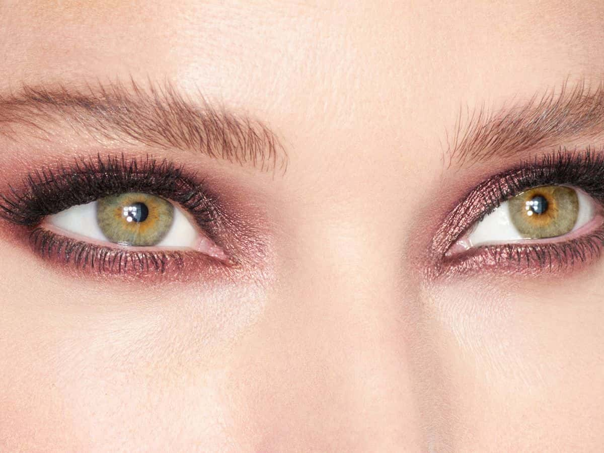 How To Apply Cream Eyeshadow