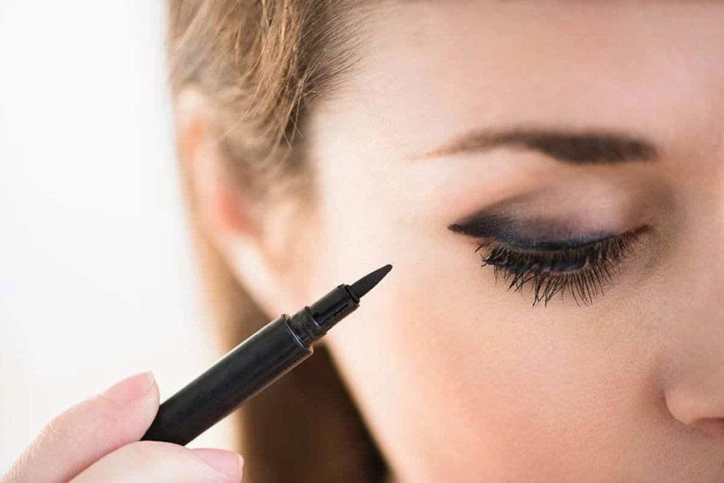 La Pure Waterproof Eyeliner Stamp